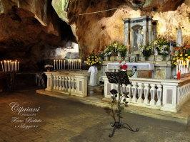 candelabri in ferro battuto - leggio,porta candele- porta chiesa